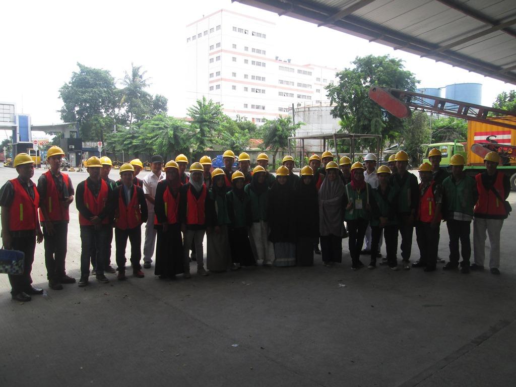 Prodi Teknik Mekatronika Kunjungan Industri ke PT. Eastern Pearl Flour Mills