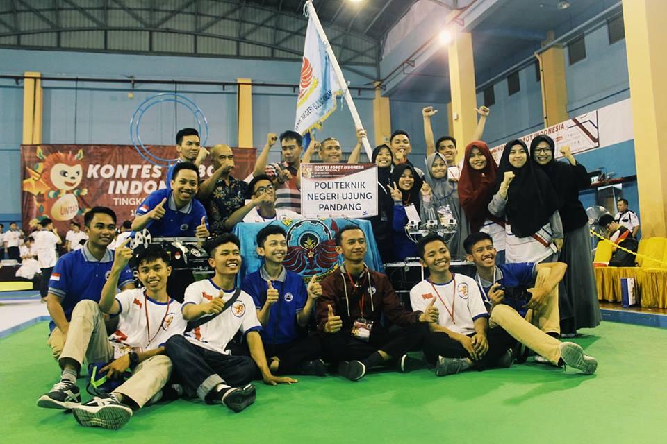 Tim Robot CMCS Teknik Mesin Juara di KRAI & KRSTI Regional II